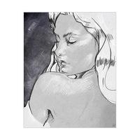 Shoulder Glance Grayscale